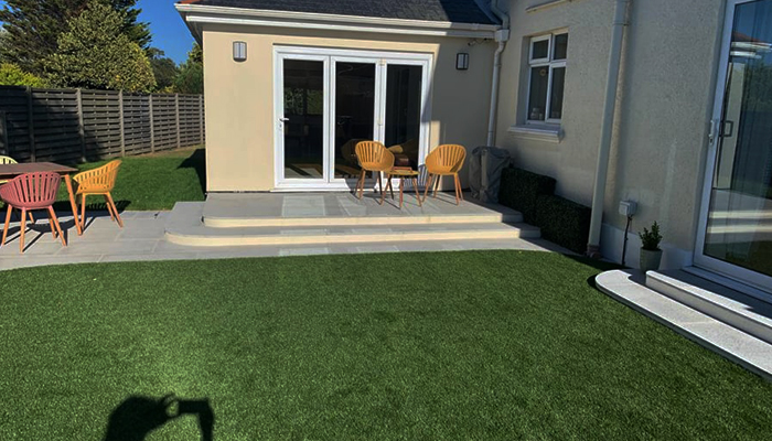 We are a team of great gardeners in Guernsey. Here is an image of a brand new landscaped garden and custom seating we installed for a customer.